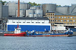 Bunker barge in Stockholm.jpg