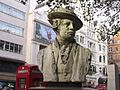 Bust of Reynolds - Leicester Square Gardens, London (4039988750).jpg