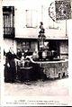 Céret - Fontaine des Neuf Jets (CP vers 1910).jpg