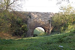 Cănțălărești Stonebridge, built in 1636 (1).jpg