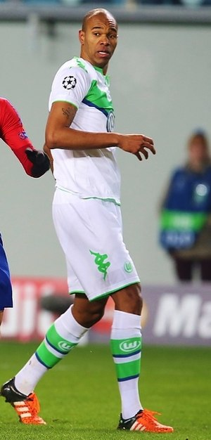 Naldo (footballer, born 1982) - Naldo playing for VfL Wolfsburg in 2015