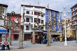 Santoña - Image: Cantabria Santoña plaza san Antonio 01 oeste lou