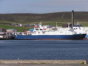 English: Cargo vessel Clare at Holmsgarth ferr...