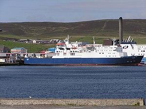 English: Cargo vessel Clare at Holmsgarth ferr...