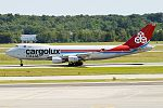 Cargolux Italia, LX-RCV, Boeing 747-4R7F SCD (27845039674).jpg