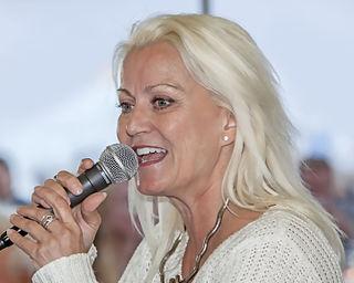 Carina Jaarnek Swedish singer