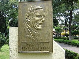Carlos Gardel en parque DF
