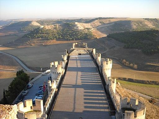 Castillo de Penafiel - Vista lado derecho desde torre central