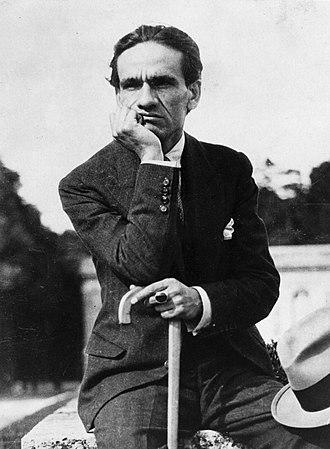 Peruvian literature - Cesar Vallejo, modernist in Los Heraldos Negros and vanguardist in Trilce