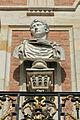 Château de Versailles, cour de marbre, buste d'Auguste, Vdse 84(II) 03.jpg