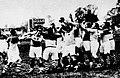 Championnat de France de rugby 1935, Biarritz - USAP, touche pour Perpignan (G. à D. Vails Georges, Munna, Bousquet (avec le ballon), Danoy et Raynal.jpg