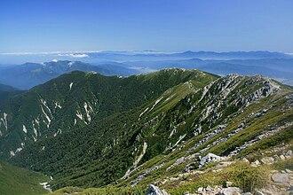 Kiso Mountains - Image: Chausudake and shougigashirayama from kisokoma 2008 9 9