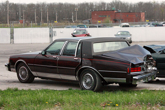 English: A rear-ended Chevrolet Caprice