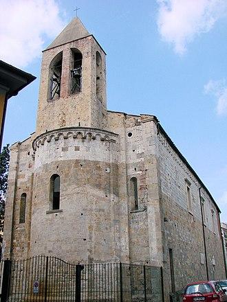 Santi Jacopo e Filippo (Pisa) - Image: Chiesa dei Santi Iacopo e Filippo Apse and bells