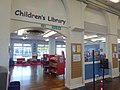Children's library in Nuneaton library (41211489355).jpg