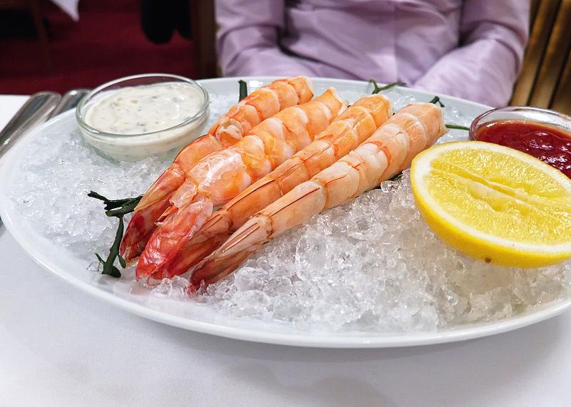 File:Chilled Jumbo Shrimp (6766462671).jpg