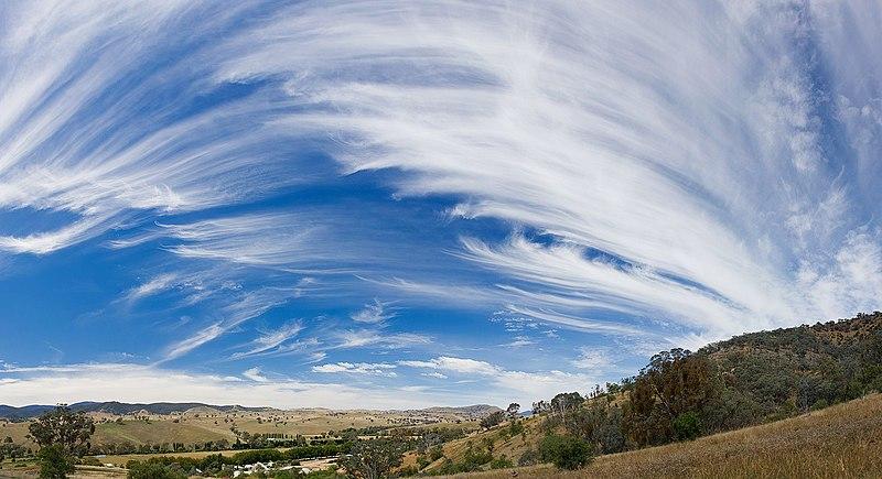 Dosya:Cirrus sky panorama.jpg