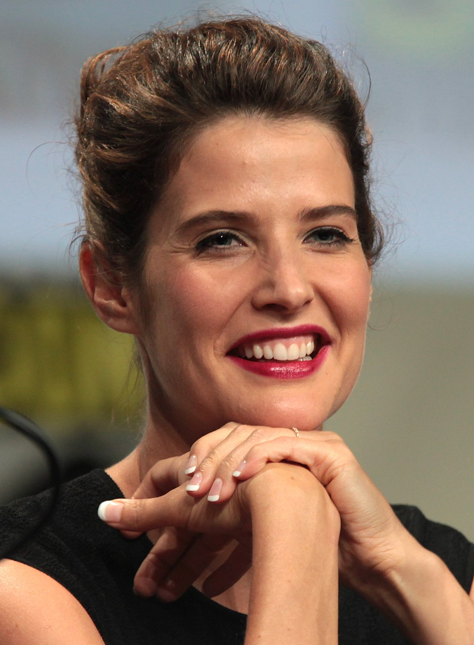 Cobie Smulders 2014 Comic Con (cropped)