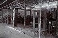 Collectie NMvWereldculturen, 7014-1-19, Foto, 'Houtbewerkingsstand op de eerste nijverheidstentoonstelling in Yogyakarta van de Ambachtschool voor Inlanders', fotograaf onbekend, 1925.jpg