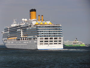 Costa Deliziosa and Star departing from Tallinn 22 May 2012.JPG