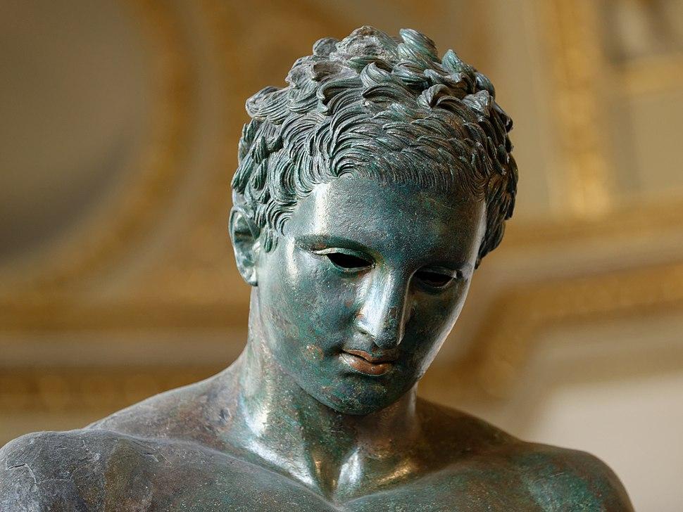 Croatian Apoxyomenos Louvre n09