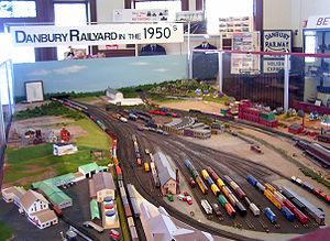 Danbury Railway Museum - Image: Danbury Railroad Museum historical model display