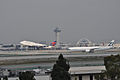 Delta and Cathay Pacific - Flickr - skinnylawyer.jpg