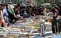 Diada de Sant Jordi de 2007 Rambles Barcelona.jpg