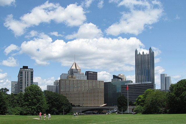 Skyline of Pittsburgh from Point State Park