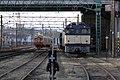 EF64 38 en Kiha 30 op het depot Niitsu, -22 Mar. 2013 a.jpg
