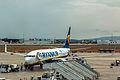 EI-DWC Boeing 737-800 Ryanair VLC 18-aug-2014 01.jpg