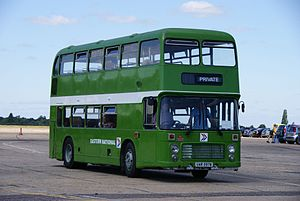 Eastern National bus HH3107 (UAR 597W), 2010 North Weald bus rally.jpg