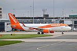 EasyJet Airbus A320-214 (G-EZOU) at Manchester Airport (2).jpg