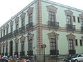 Edificio colonial en Oaxaca. - panoramio.jpg