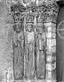 Eglise - Portail de la façade ouest, statues-colonnes de l'ébrasement gauche - Saint-Loup-de-Naud - Médiathèque de l'architecture et du patrimoine - APMH00014690.jpg