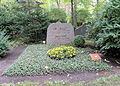 Ehrengrab Potsdamer Chaussee 75 (Niko) Otto Friedrich Bach.jpg