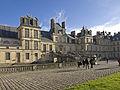 Escalier du Fer-à-cheval Fontainebleau.jpg