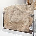 Estela bifronte de Hércules reverso (S. II III d. C.) (Muralla de Lugo). Museo Provincial de Lugo.jpg