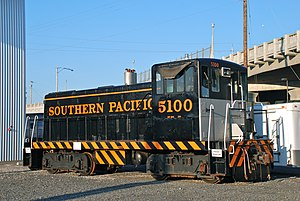 GE 70-ton switcher - Image: Ex Southern Pacific 5100, GE switcher, at ORHC in 2013