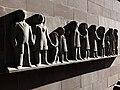 Fassadenrelief, Leute von Heute, 1961, Peter Moilliet (1921–2016) 2.jpg