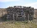 Fenced coke oven on Fountains Fell - geograph.org.uk - 400958.jpg