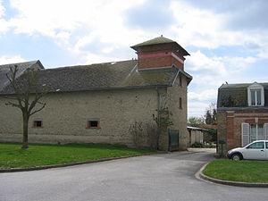 Asfeld - Farm in the centre of the commune
