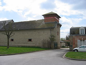 Asfeld - Farm in the centre of the commune