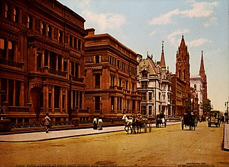 William Henry Vanderbilt - William Henry Vanderbilt's mansion between 51st and 52nd Streets on the west side of Fifth Avenue, New York City (completed in 1882, demolished in 1927)