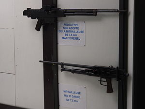 Darne machine gun - The MAC 32 Reibel prototype, and a Darne machine gun on display at the Ouvrage Fermont museum.