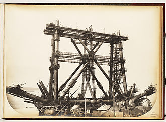 Inchgarvie - Construction of the Inchgarvie cantilever of the Forth Bridge