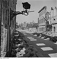 Fotothek df ps 0000133 Ruinenlandschaft mit zerstörter Wandlaterne.jpg