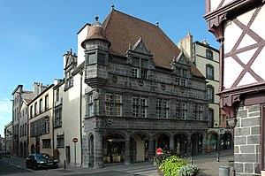 Riom - Image: France Auvergne Rhone Alpes 63 Riom 03