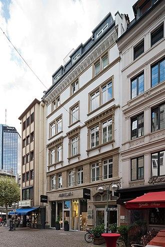 Kaiserhofstraße - Image: Frankfurt Am Main Kaiserhofstrasse 5 von Nordosten 20120929