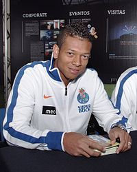 Freddy Guarin at Exponor (2011).jpg